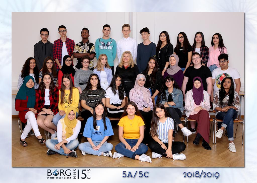 schuelerfoto-2018.19 - 12