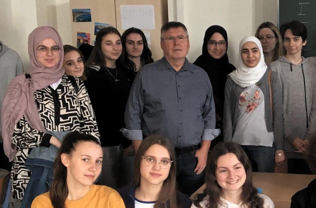 """""""17 Ziele für eine bessere Welt"""" – Josef BROUKAL zu Gast in der 6E"""